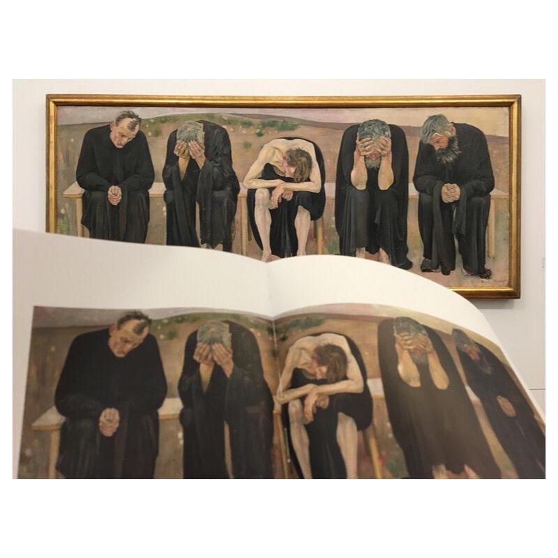 Exhibition view - Hodler 'Les âmes déçues' - front reproduction, back painting; photograph: SJSchaffeld
